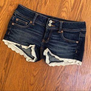 American Eagle Dark Wash Lace Trim Shorts Size 2